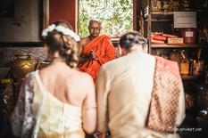 Традиционный буддистский свадебный обряд в храме на Пхукете